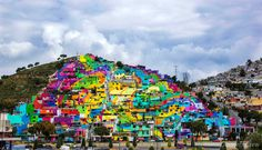 Mexican Government to restore Palmitas, a town in Pachuca district, teamed up with Germen crew, a street art youth organization to create street art mural. Jobs In Mexico, Mexico City, Diego Rivera, Art Graphique, Land Art, Street Artists, Graffiti Artists, House Painting, Street Art