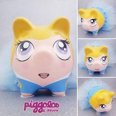 Princesas Disney, Pigs, Piggy Bank, Blue Gown, Teacup Pigs, Princess Aurora, Painted Pottery, Money Box, Pork
