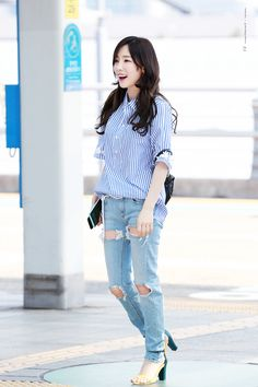 a97f8f26 170518 Girls' Generation Taeyeon, Girls Generation, Kim Tae Yeon, Snsd  Airport Fashion