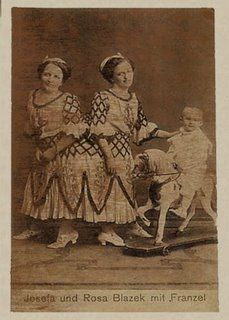 Another picture of conjoined twins Josefa and Rosa Blazek, with Rosa's son.