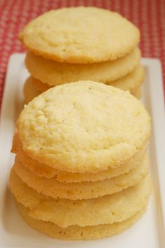 Cornmeal Cookies | Bake or Break: I LOVE cornbread, so I can only imagine how much I would love cornmeal cookies!