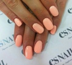 Spring/summer nails pastel orange