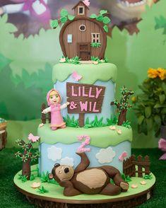 Maravilhoso bolo da Masha e o Urso feito pela @dressmycake #mashaandthebear #bolosdecorados ...