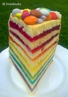 tęczowy tort z glaretek