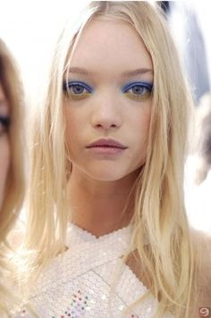 gemma ward - Gorgeous blue eyeshadow and pastel lips