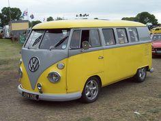 403 Volkswagen Type 2 T1 Kombi (1967)