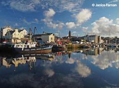 Afternoon shot of Peel Harbour