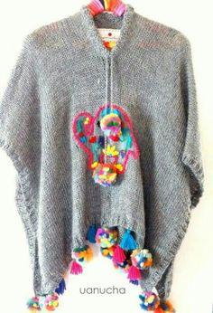 poncho tejido con aplique en bordado mexicano, pompones y borlas [UANUCHA] Crochet Cardigan, Knit Crochet, Poncho Shawl, Wool Embroidery, Crochet Fashion, Knitwear, Crochet Patterns, Textiles, Pure Products