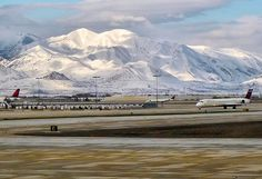 Looking for self storage units in North Salt Lake City, UT? Salt Lake offers clean and affordable storage to fit any need. Salt Lake City Airport, North Salt Lake, Self Storage, Stuff To Do, Places Ive Been, The Unit, Mountains, Travel, Outdoor