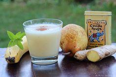 Smoothie de plátano, pera y agua de coco