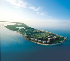 Captiva Island, FL - took one family vacation here, thought I was in heaven, need to take my boys here someday.