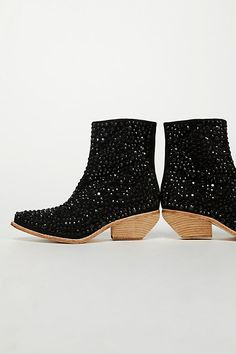 Chunky Heel Booties: Over 35 Gorgeous Pairs - HighHeelseek - Embellished sparkly black booties with chunky heel Brown Ankle Boots Outfit, Low Heel Ankle Boots, Low Heel Shoes, Black Booties, Heeled Boots, Bootie Boots, Flat Boots, Sparkly High Heels, Chunky Heels