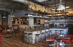soho house chicago - the stunning bar