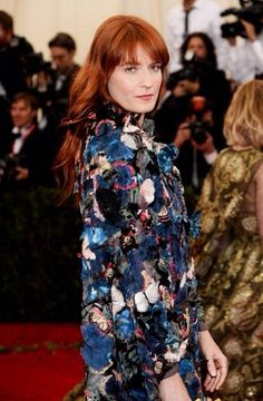 Florence Welch at the 2014 Met Gala. Hair by Amy Farid, Color by Lena Ott #suitecaroline #Valentino