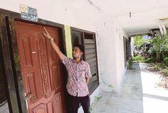 Kisah Tsunami Aceh: Cerita pilu mangsa - http://malaysianreview.com/114569/kisah-tsunami-aceh-cerita-pilu-mangsa/