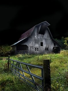 A perfect setting for a horror movie!.