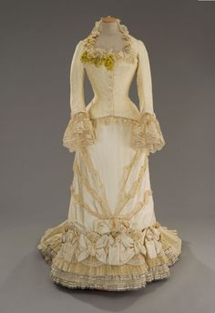 Gorgeous gorgeous dress 1880, Anna Karenina