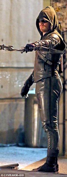 Stephen Amell BTS of Arrow vs. The Flash