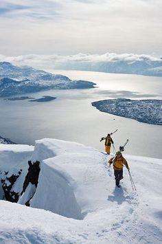 Superbe âysage au ski qui donne envie de partir au sport d'hiver. #ski #aventure #neige