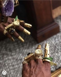 Black Jewelry Designers are continuously underrepresented in the fashion . Black Jewelry, Gold Jewelry, Jewelry Rings, Jewelry Accessories, Jewelry Design, African Jewelry, Ethnic Jewelry, Madonna, Photo Jewelry