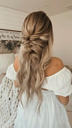Work Hairstyles, Easy Hairstyles For Long Hair, Pretty Hairstyles, Hairstyles For Long Hair Wedding, Dinner Hairstyles, Hairdos, Updos, Bridal Hair, Long Hairstyles