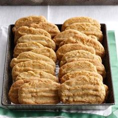 Coconut Washboards Cookies - This simple yet satisfying coconut cookie recipe has been around for generations. This is definitely a keeper. I make about 40 - 50 dozen cookies each Christmas for gifts and entertaining. Köstliche Desserts, Delicious Desserts, Dessert Recipes, Yummy Food, Recipes Dinner, Delicious Cookies, Dinner Entrees, Healthy Cookies, Dinner Dishes
