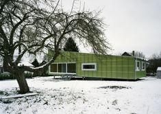 Straw House . Felix Jerusalem . Eschenz, Switzerland 2005