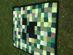 Reversible minecraft creeper/enderman quilt. (Possible birthday/Christmas present for the cool kid with a new queen bed)
