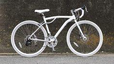 自転車通勤者をメインのターゲットとしたロードバイク「Flugel(フリューゲル)」が販売開始された。フレームの一部に曲線を採用することで、柔らかみや軽さを表現している。