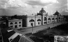 1929 - Visão do Mercado Municipal de São Paulo, na região da Várzea do Carmo (atual Pq D. Pedro II), posteriormente inaugurado em 25 de janeiro de 1933.
