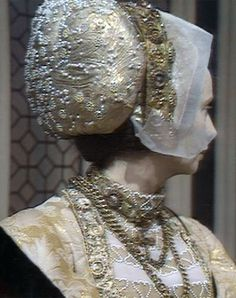 TBT: The Six Wives of Henry VIII (1970) – Wives Of Henry Viii, Anne Of Cleves, Tudor History, Renaissance Fair, Historical Costume, Costume Ideas, Bbc, Medieval Party