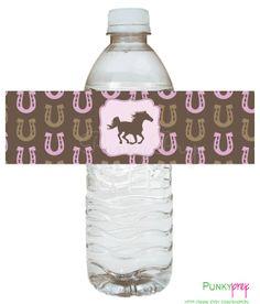 Wasserflasche mit Pferdemanschette und/oder Namen dekorieren