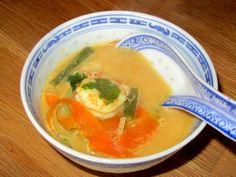 Soupe thai; aux gambas et au lait de coco