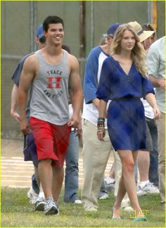 taylor lautner taylor swift valentines day