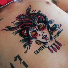 Vai encarar a #Medusa? #Tattoo com #desenho e execução do #tatuador Rafael Cruz. Para tatuar com o Rafael é só marcar aqui na Almirante.    ALMIRANTE TATTOO (21) 2292-9338 almirantetattoo@gmail.com Av. Almirante Barroso, 63, sala 2612. CENTRO RIO DE JANEIRO   instagram.com/almirantetattoo facebook.com/almirantetattoo almirantetattoo.tumblr.com   #oldschooltattoo #tattoooldschool #besttattoooldscool #tattoorj #tattoorio #tattooriodejaneiro #tattoobrasil #tattoobrazil #tatuadoresrj…