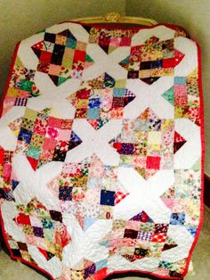 Quilting Tutorials, Quilting Projects, Quilting Designs, Quilting Ideas, Beginner Quilting, Quilt Design, Sewing Projects, Scrappy Quilt Patterns, Scrappy Quilts