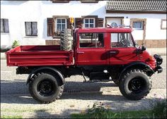 Classic Unimogs for Sale - 1982 Unimog 416 DoKa with F/R Hydraulics & Winch Diesel Trucks, Custom Trucks, Cool Trucks, Pickup Trucks, Mercedes Benz Unimog, Mercedes Benz Trucks, Mercedes 4x4, Unimog For Sale, Pick Up
