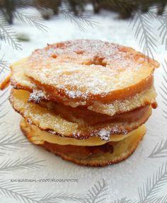 Kulinarikus: zauberhaftes, warmes Winterfrühstück: gebackene Apfelringe mit Puderzucker