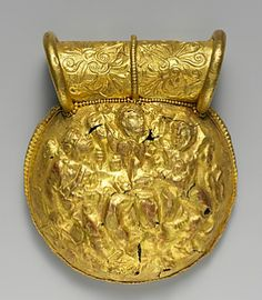 Picture Etruscan gold bulla, 3rd c. BC, undisplayed, Metropolitan Museum