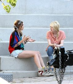 elizabeth olsen very good girls movie photos | Very Good Girls Set Photos Featuring Dakota Fanning and Elizabeth ...