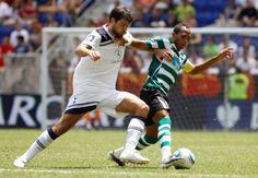 Liedson no jogo Tottenham Hotspur v Sporting CP