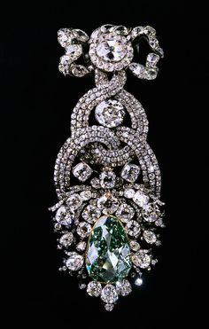 """The Dresden Green  Weighing in at 41 carats, the Dresden Green is the largest """"naturally green"""" diamond to date."""