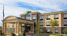 Holiday Inn Express Hotel & Suites Chester Chester Located off Route 6 in the Hudson Valley, this Chester hotel features an indoor pool and jacuzzi, on-site gym, and rooms with kitchenettes.  The Chester Holiday Inn Express offers rooms with pay-per-view TV and free Wi-Fi.