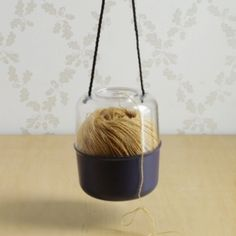 Prym Yarn holder - MOORITTools - Envelope is a unique online shopping mall made up of a few independent shops from all around Japan.