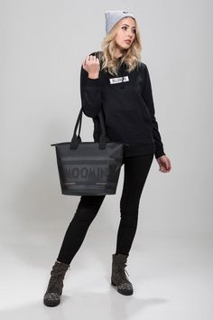 Caamoz black Moomin waterproof shoulder bagStylish street-fashion bag with Moomin text is perfect for any moment, for example for beach, shopping and sailing. Fashion Bags, Totes, Graphic Sweatshirt, Street Style, Shoulder Bag, Zip, Purses, Sweatshirts, Sweaters