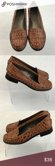Talbots Leather Penny Loafers Flats Brown size 6 Talbots penny loafer shoes. Croc embossed leather flats. Brown size 6. Made in Brazil. slip and on for easy wear. Talbots Shoes Flats & Loafers
