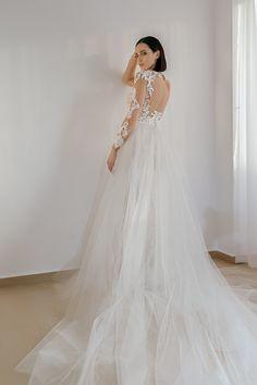 wedding dresses 2018 Noel Collection.SCARLET SS18012