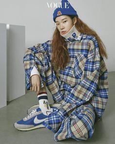 The New Style for 2019 Teen Girl Fashion, High Fashion, Womens Fashion, Vogue Korea, Korean Street Fashion, Outfit Goals, Swagg, Fashion Outfits, Fashion Trends