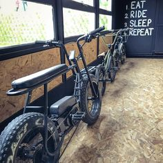 "Coast Cycles 在 Instagram 上发布:""Which one ? 😜 #coastcycles #bmx #ebikes #community #rides"" Custom Motorcycles, Cars And Motorcycles, Motorised Bike, Power Bike, Scooter Bike, Mopeds, Mini Bike, Bmx Bikes, Vintage Bicycles"