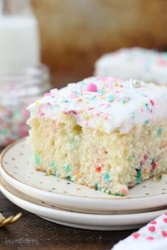 This homemade Funfetti Poke Cake is a moist vanilla cake loaded with sprinkles. … This homemade Funfetti Poke Cake is a moist vanilla cake loaded with sprinkles. It has a vanilla pudding filling and it's topped with a cake batter whipped cream. Poke Cake Recipes, Poke Cakes, Homemade Cake Recipes, Homemade Vanilla, Cupcake Recipes, Cupcake Cakes, Dessert Recipes, Homemade Breads, Layer Cakes